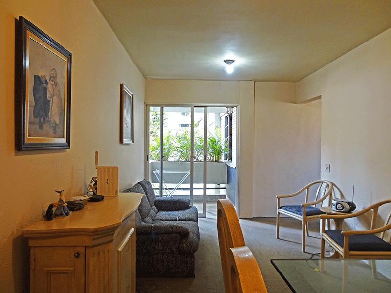 Jabaquara, Apartamento Padrão - Sala com dois ambientes e piso de carpete.