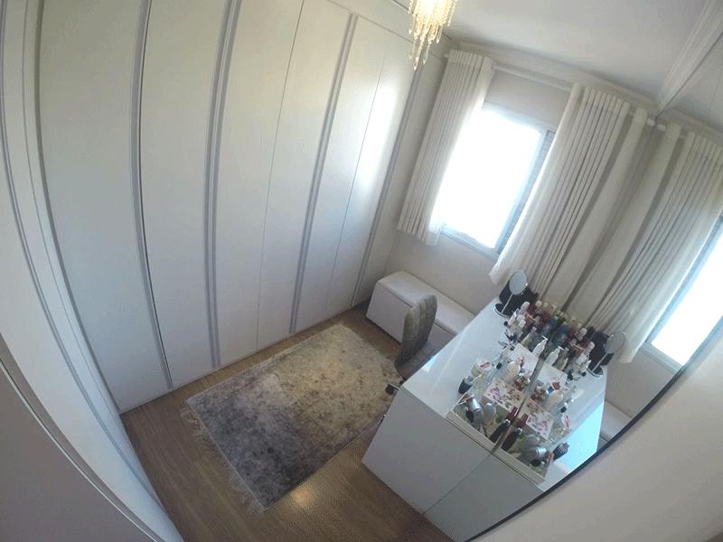 Sacomã, Apartamento Padrão-2º Quarto com piso laminado e armários planejados.