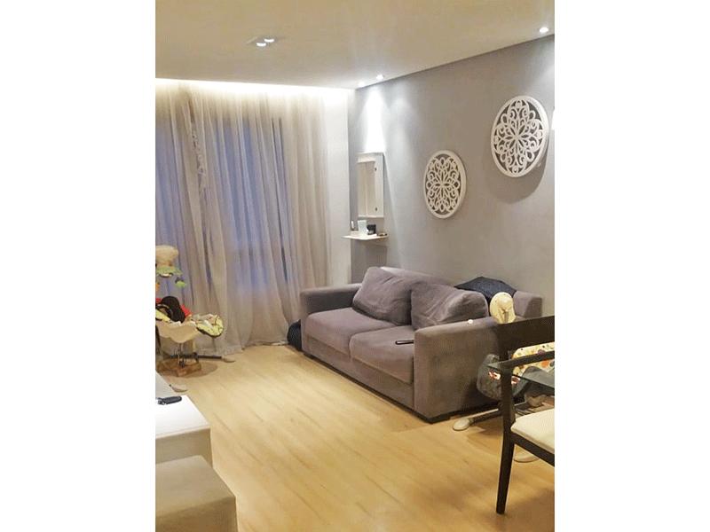 Sacomã, Apartamento Padrão - Sala com dois ambientes, piso laminado, teto rebaixado e iluminação embutida.
