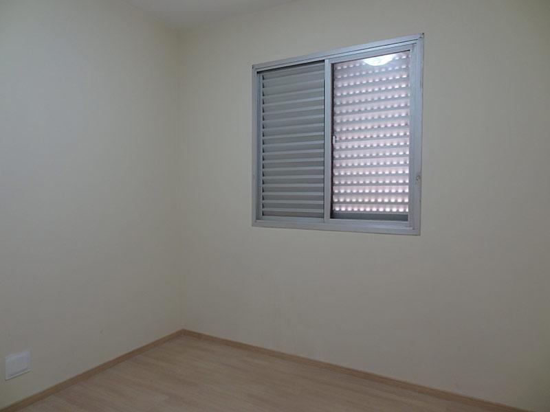 Jabaquara, Apartamento Padrão-Dormitório com piso laminado, e armários planejados.