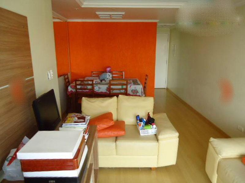 Jabaquara, Apartamento Padrão-Sala com dois ambientes, piso laminado, teto com moldura de gesso e iluminação embutida.