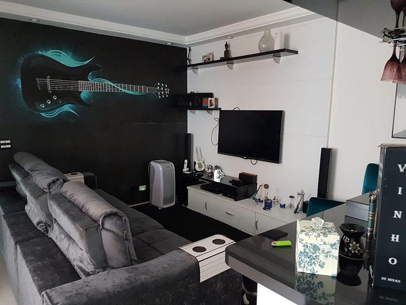 Jabaquara, Apartamento Padrão - Sala com dois ambientes, piso de porcelanato, teto com moldura de gesso e iluminação embutida.