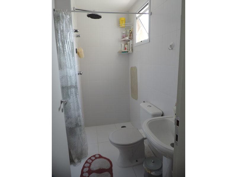 Jabaquara, Apartamento Padrão-Banheiro da suíte com piso de porcelanato.