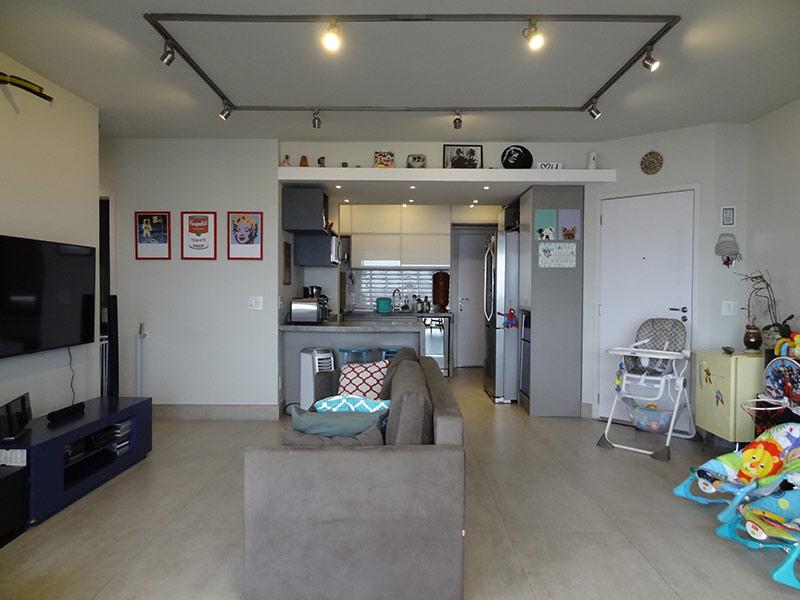 Sacomã, Apartamento Padrão-Sala ampliada com dois ambientes e piso de porcelanato (3º dormitório transformado em sala ampliada).