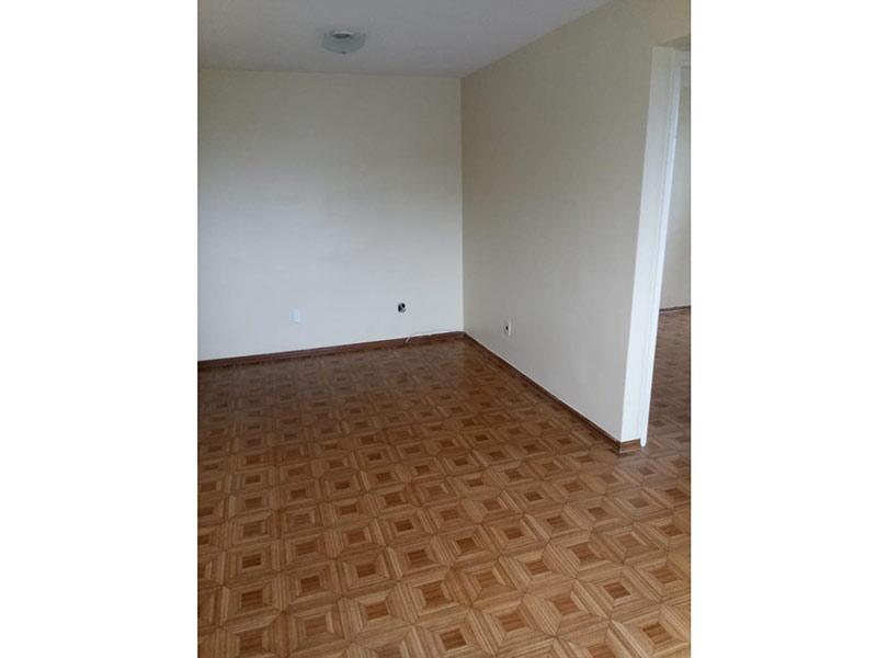 Jabaquara, Apartamento Padrão-Sala com dois ambientes e piso de cerâmica.