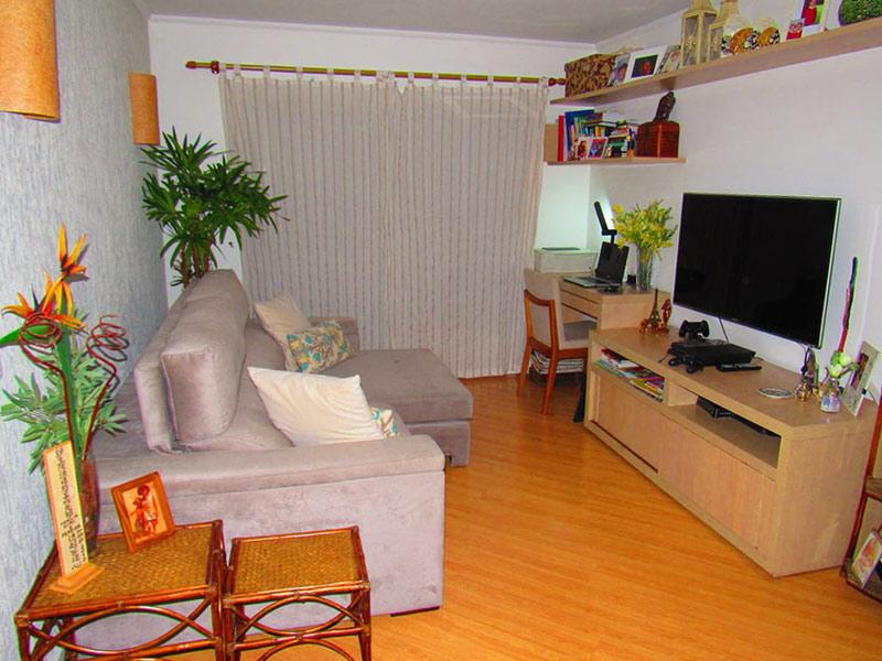 Jabaquara, Apartamento Padrão - Sala retangular com piso laminado e teto com moldura de gesso.