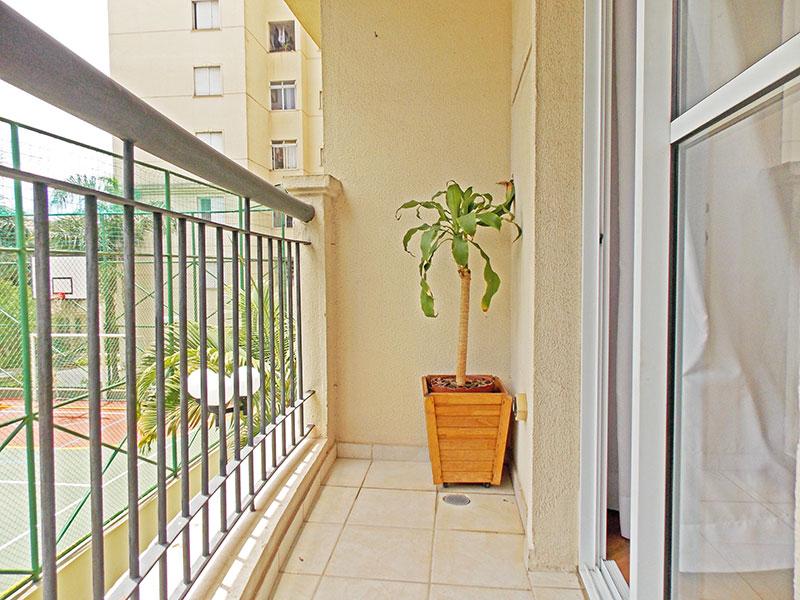 Sacomã, Apartamento Padrão-Sacada com piso de cerâmica.