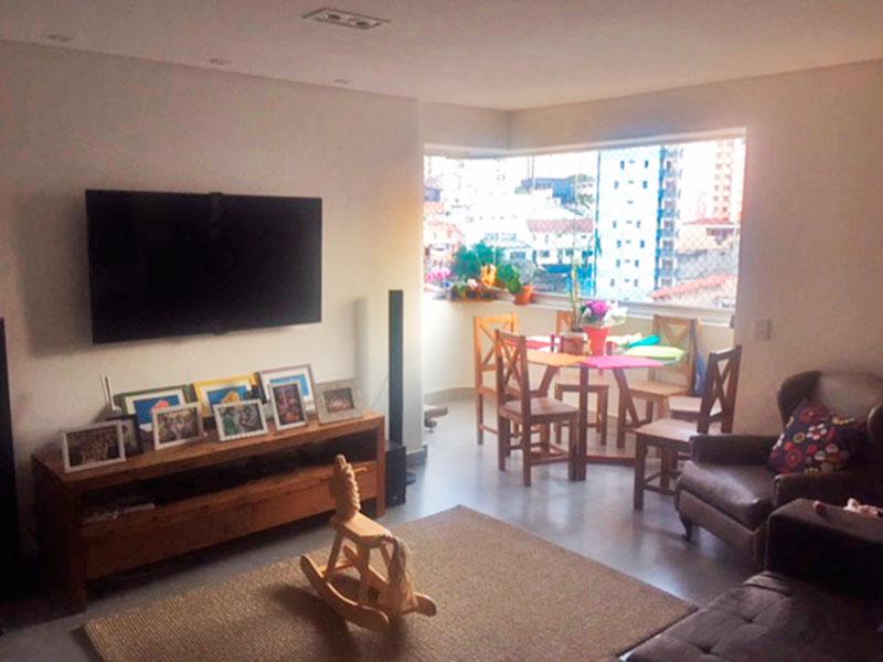 Jabaquara, Apartamento Padrão - Sala com piso de porcelanato, teto com sanca e acesso a varanda.