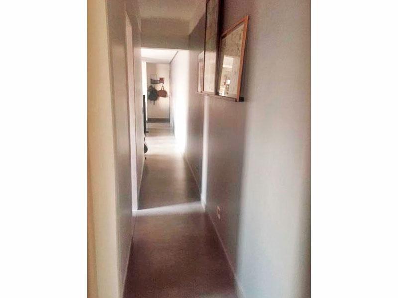 Jabaquara, Apartamento Padrão-Corredor com piso de porcelanato.