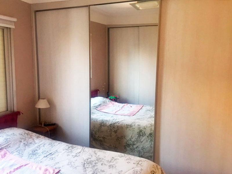 Jabaquara, Apartamento Padrão-1º dormitório com armários planejados.