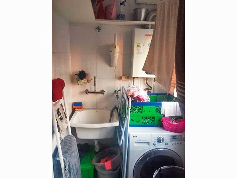Jabaquara, Apartamento Padrão-Área de serviço com armários planejados e aquecedor de passagem.