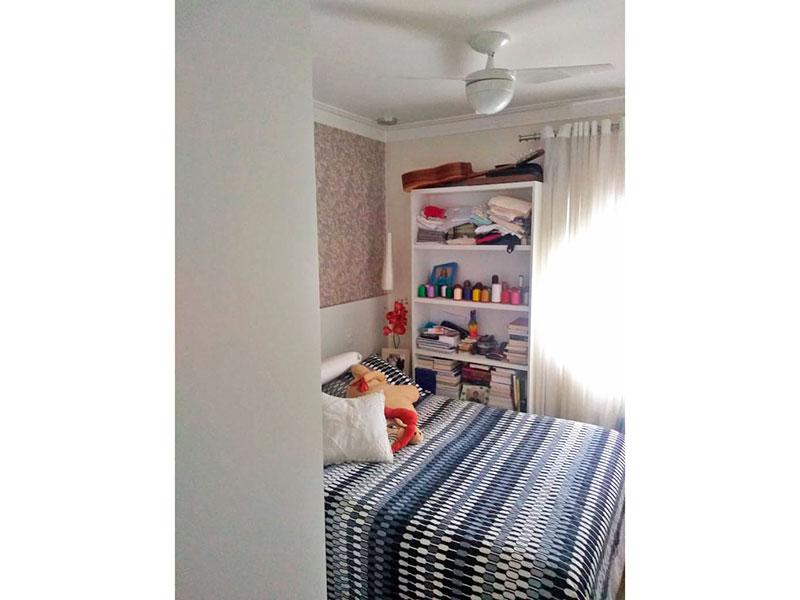 Jabaquara, Apartamento Padrão-1º suite com piso laminado, teto com sanca de gesso e armários planejados.