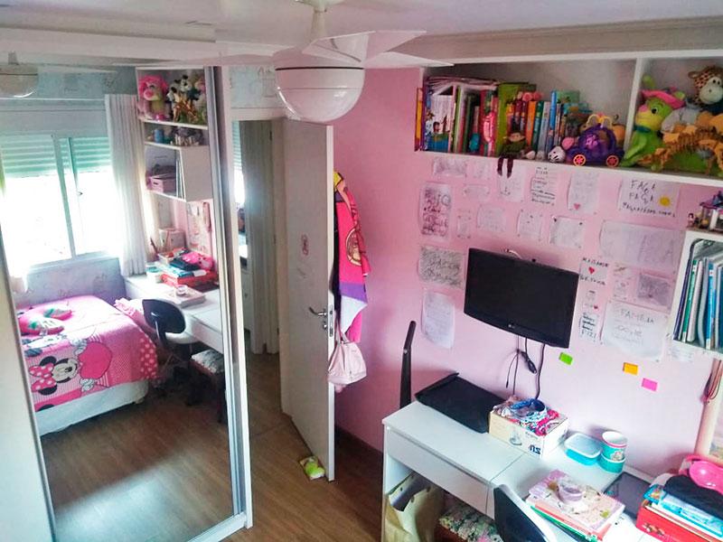 Jabaquara, Apartamento Padrão-2º dormitório com piso laminado, teto com sanca de gesso e armários planejados.