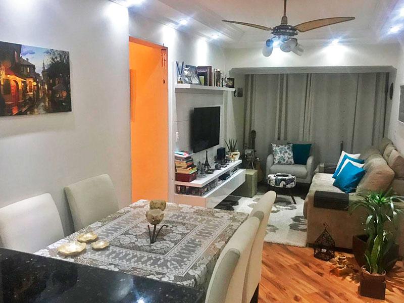 Jabaquara, Apartamento Padrão-Sala com piso Laminado, teto com sanca de gesso, iluminação embutida e acesso a varanda.