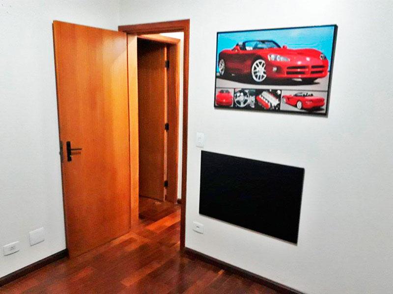 Ipiranga, Apartamento Padrão-2º dormitório com piso de taco e acesso a sacada.