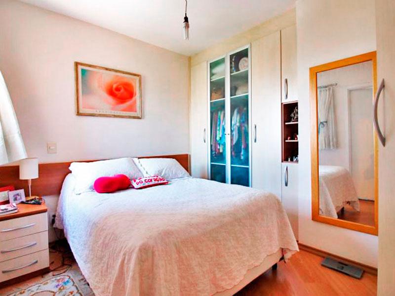 Sacomã, Apartamento Padrão-Suíte com piso de laminado, armários embutidos e planejados.