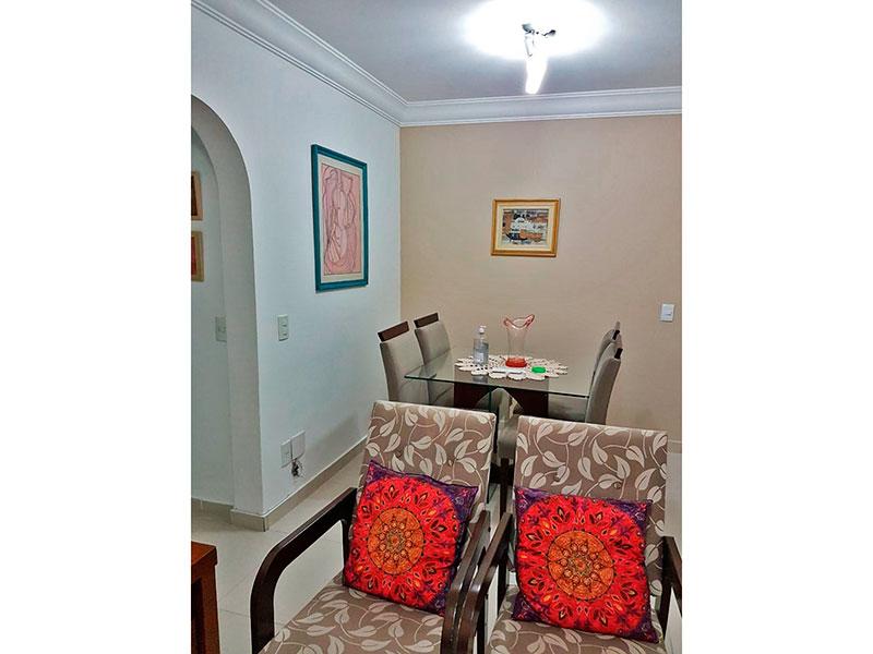 Jabaquara, Apartamento Padrão-Sala com piso de cerâmica, teto com sanca de gesso e iluminação embutida.