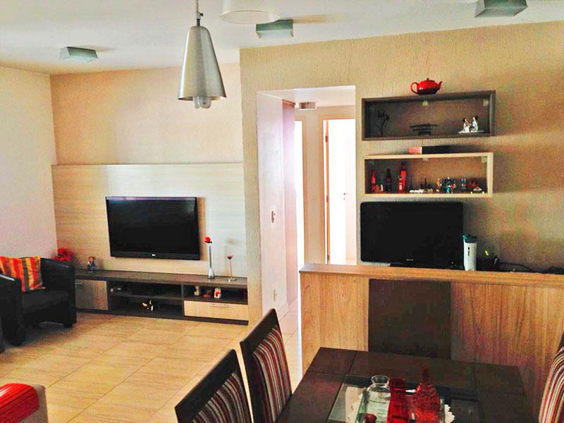 Ipiranga, Apartamento Padrão - Sala (ampliada com o 4º quarto), com piso de cerâmica e acesso a varanda.