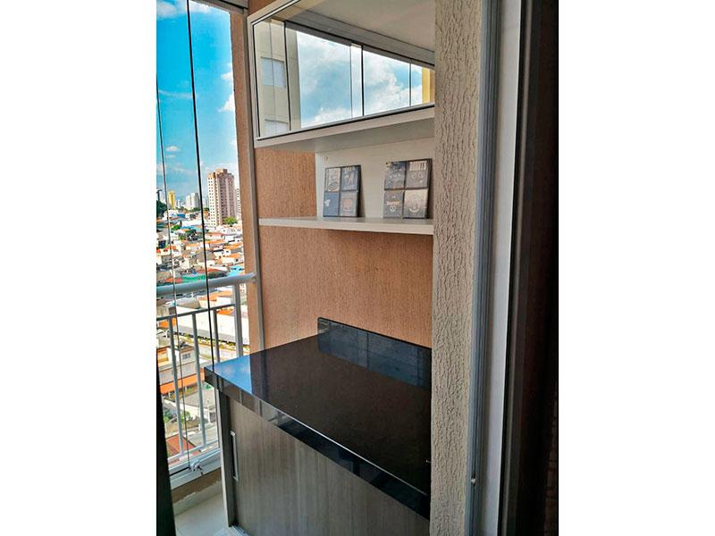 Sacomã, Apartamento Padrão-Sacada com piso de porcelanato e armários planejados.