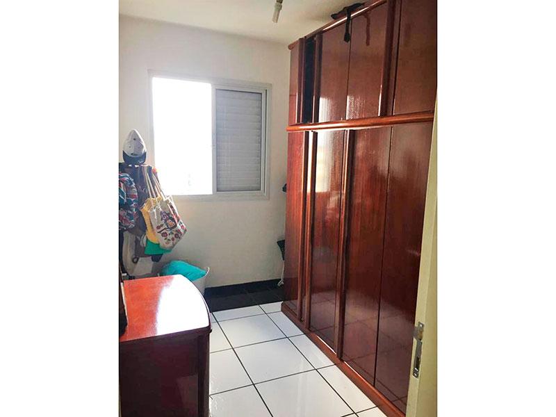 Sacomã, Apartamento Padrão-3º Quarto com piso de porcelanato.