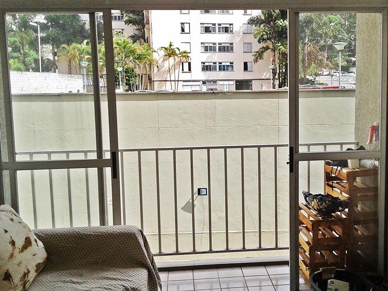 Sacomã, Apartamento Padrão - Varanda com piso de cerâmica.