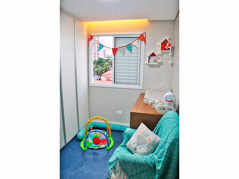 Ipiranga, Apartamento Padrão-2º Quarto com piso de porcelanato, teto com sanca, iluminação embutida e armários planejados.