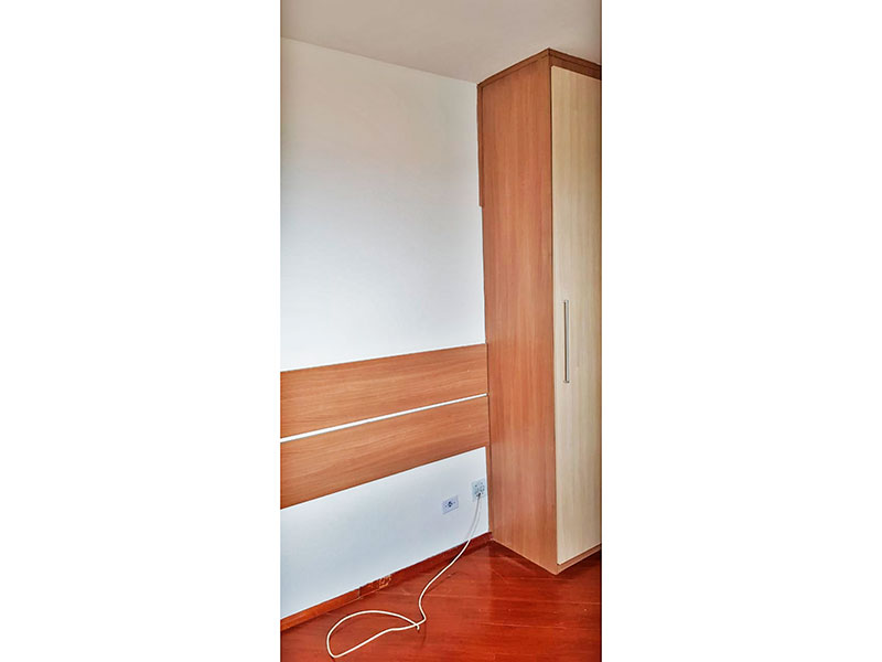 Ipiranga, Apartamento Padrão-3º Quarto com piso de laminado e armários planejados.