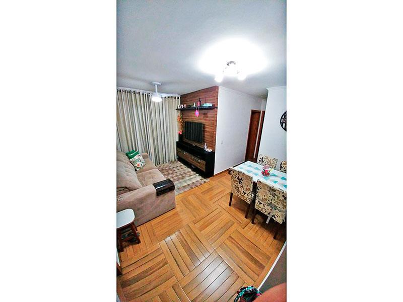 Sacomã, Apartamento Padrão - Sala com piso de taco, teto com moldura de gesso e acesso a varanda.