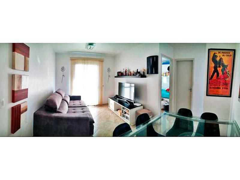 Jabaquara, Apartamento Padrão - Sala em L com piso de cerâmica e acesso a varanda.