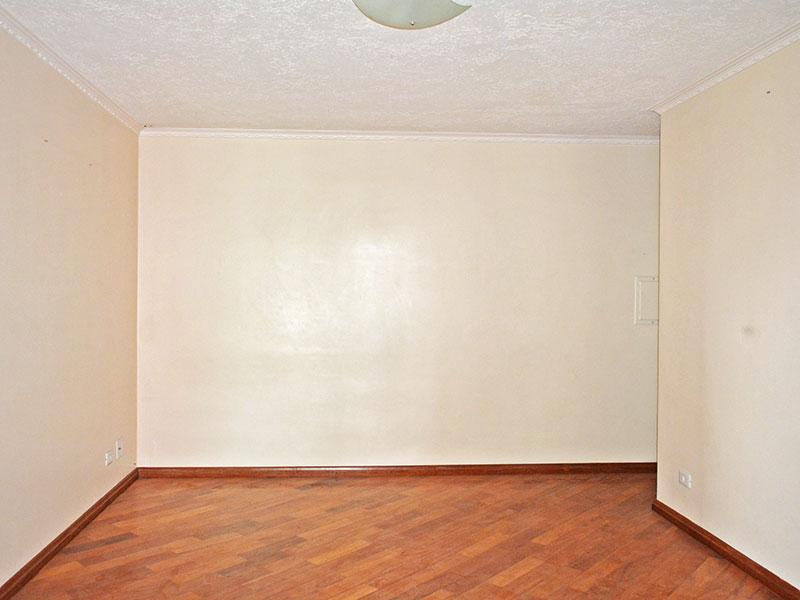 Jabaquara, Apartamento Padrão-Sala com piso de tacão, teto com moldura de gesso e acesso a sacada.Sala com piso de tacão, teto com moldura de gesso e acesso a sacada.