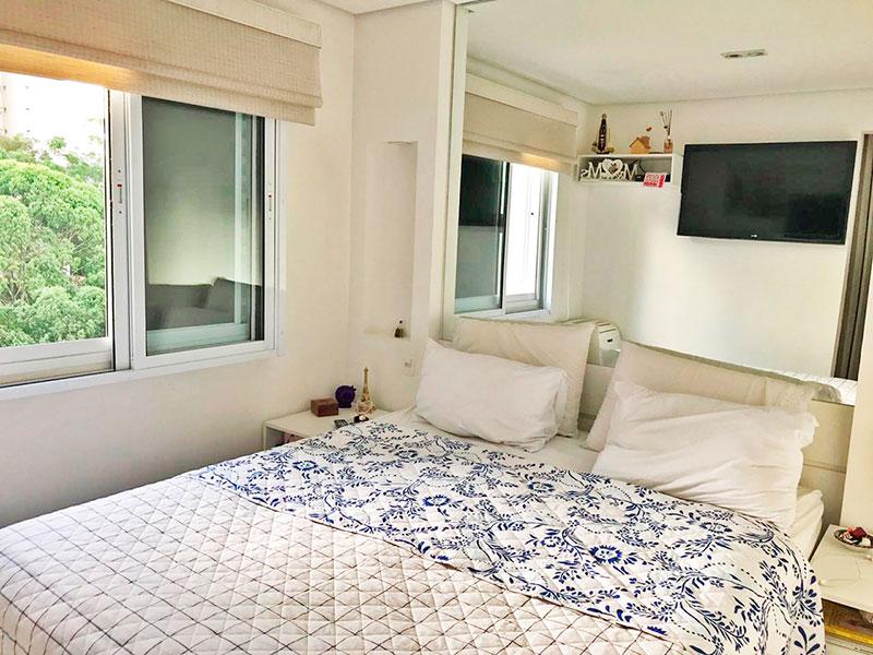 Sacomã, Apartamento Padrão-1º Quarto com piso de porcelanato e teto com sanca.