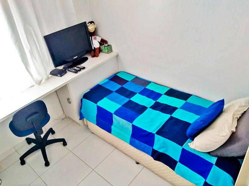 Ipiranga, Apartamento Padrão-3º Quarto com piso de cerâmica e armários planejados.
