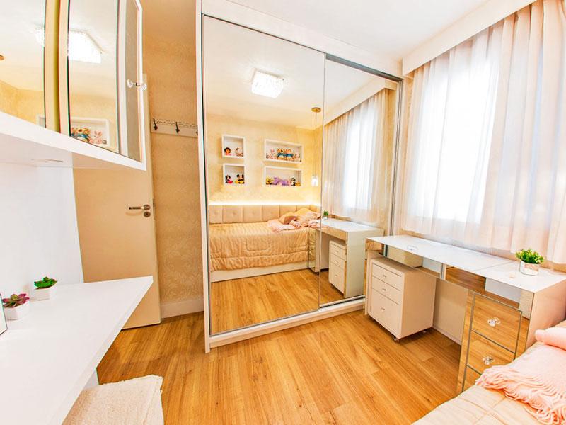 Jabaquara, Apartamento Padrão-2º Quarto com piso de laminado, iluminação embutida e armários planejados.