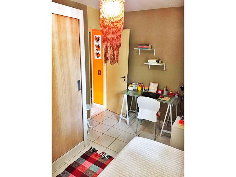 Sacomã, Apartamento Padrão-2º Quarto com piso de cerâmica.