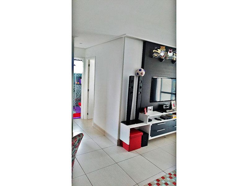 Sacomã, Apartamento Padrão-Sala em L com piso de cerâmica e acesso a varanda gourmet.