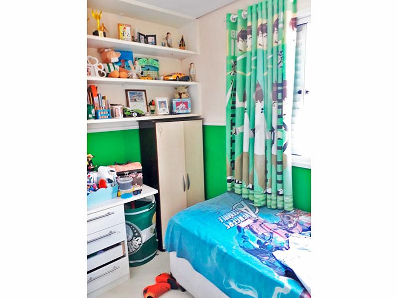 Sacomã, Apartamento Padrão-3º Quarto com piso de laminado e teto com sanca.