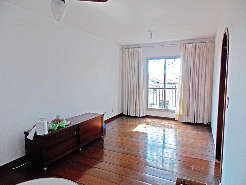 Jabaquara, Apartamento Padrão-Sala com piso de madeira.