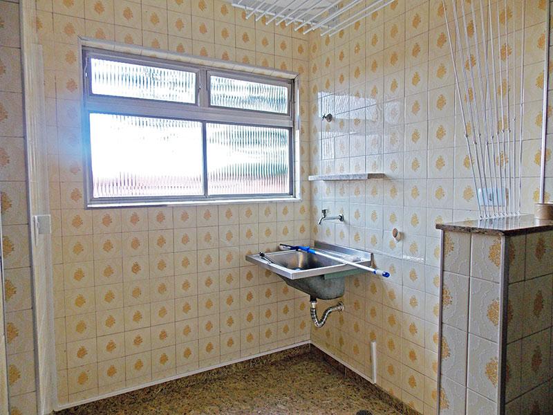 Jabaquara, Apartamento Padrão-Área de serviço com piso de granito.
