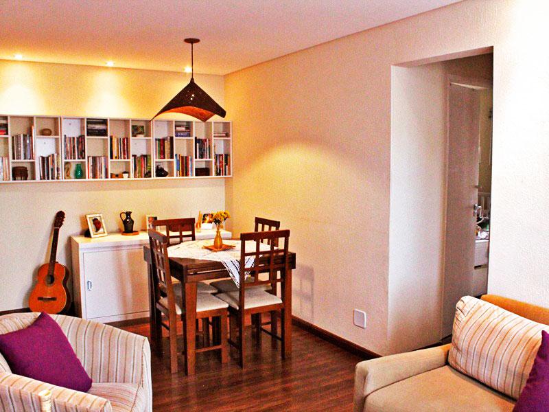 Sacomã, Apartamento Padrão-Sala com piso de laminado, teto com sanca e iluminação embutida.