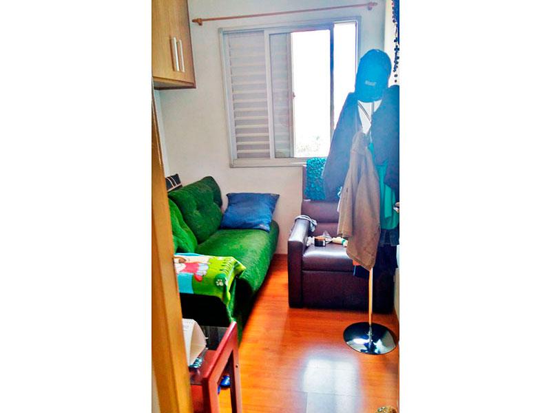 Sacomã, Apartamento Padrão-3º Quarto com piso de laminado e armários planejados.