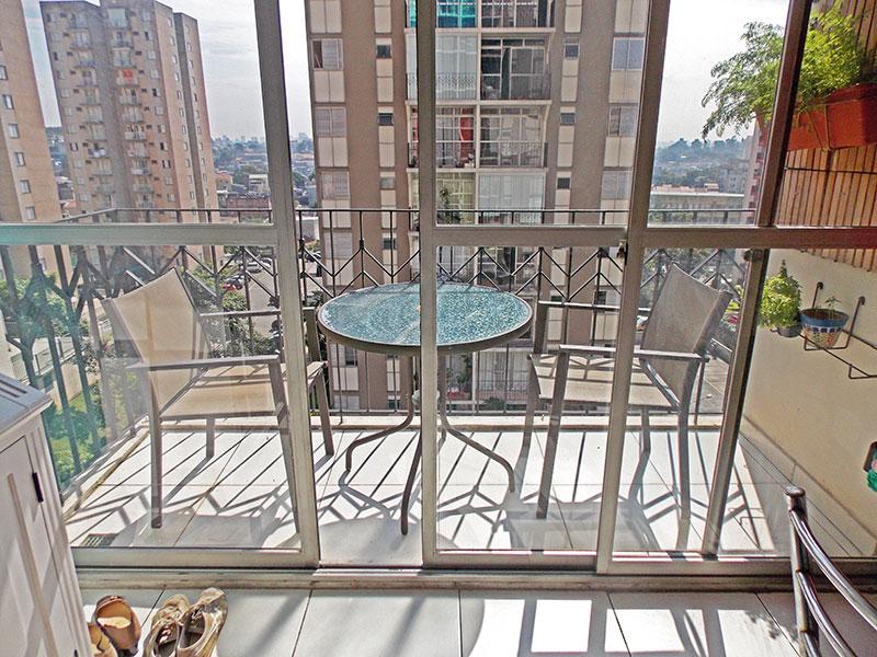 Sacomã, Apartamento Padrão-Varada com piso de cerâmica.