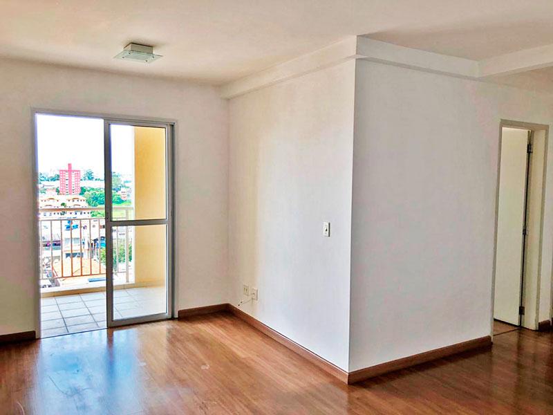 Sacomã, Apartamento Padrão - Sala em L com piso de laminado e acesso a varanda gourmet.