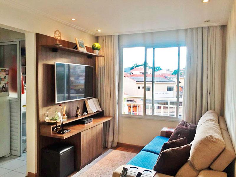 Sacomã, Apartamento Padrão-Sala com piso de laminado, teto com sanca de gesso e iluminação embutida.