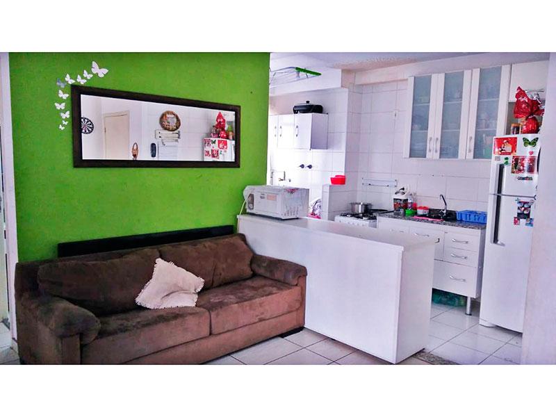Sacomã, Apartamento Padrão-Sala integrada com a cozinha, com piso de cerâmica e acesso a varanda.