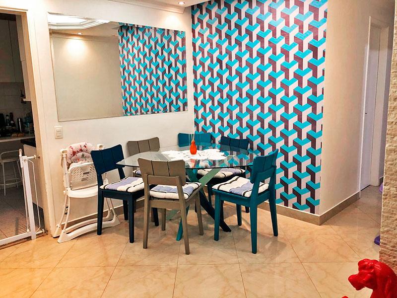Ipiranga, Apartamento Padrão-Sala em L com piso de porcelanato, teto com moldura de gesso, iluminação embutida e acesso a varanda.