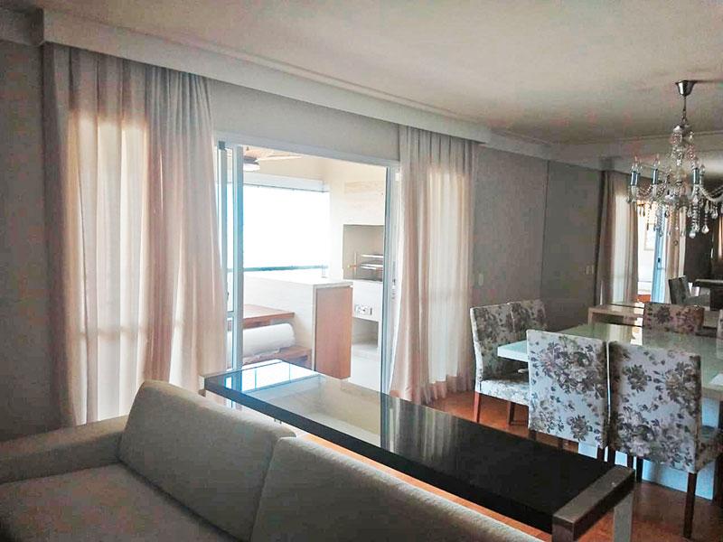 Ipiranga, Apartamento Padrão - Sala ampliada (com o 4º quarto), com piso de taco, teto com sanca e acesso a varanda gourmet.