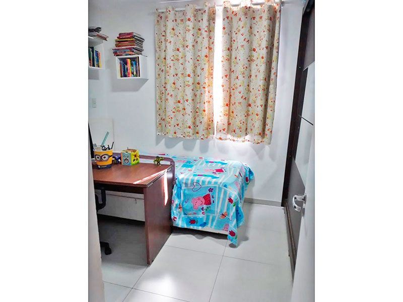 Jabaquara, Apartamento Padrão-Suíte integrada com o banheiro da suíte, com piso de cerâmica e armários planejados.