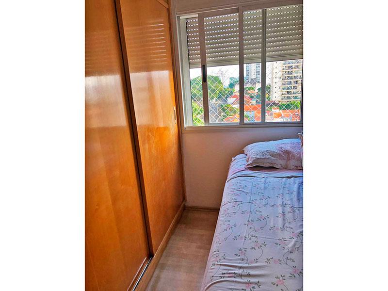 Ipiranga, Apartamento Padrão-2º Quarto com piso de laminado e armários planejados.