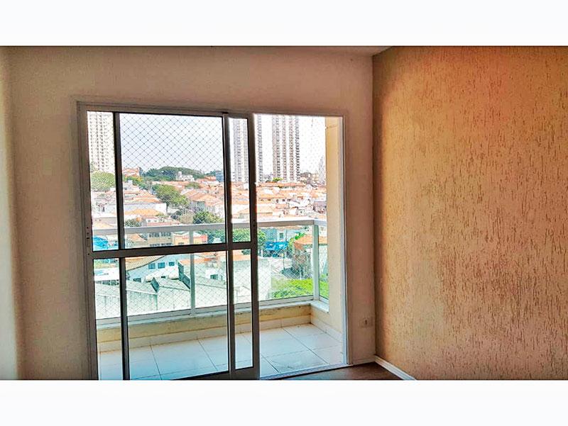 Ipiranga, Apartamento Padrão - Sacada com piso de cerâmica e tela de proteção.