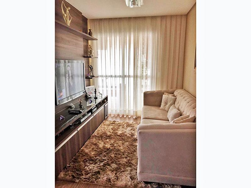 Sacomã, Apartamento Padrão - Sala com piso laminado, teto com sanca, iluminação embutida e acesso a varanda gourmet.